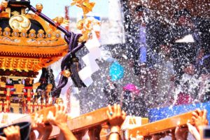 "Don't miss it! Experience the Matsuri festivals that scream ""This is JAPAN!"""